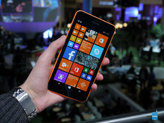 Как установить WhatsApp на Microsoft Lumia 640